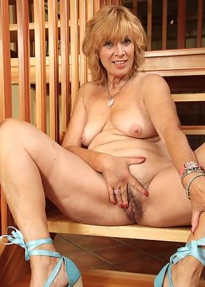 Busty sex pale naked
