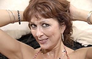 Moms Bukkake Porn Pictures
