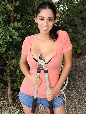 Latina Moms Porn Pictures