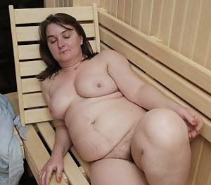 Moms Sauna Porn Pictures